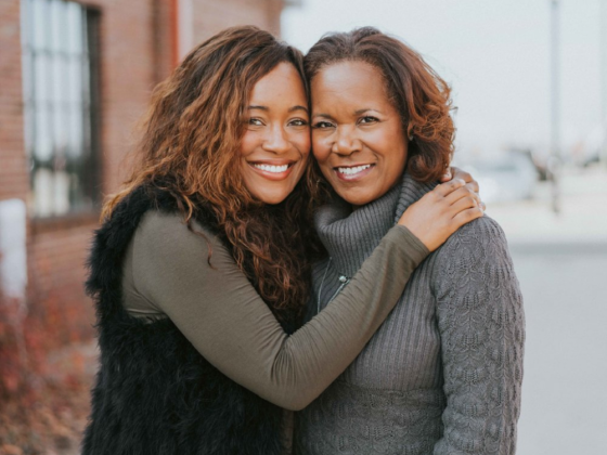 Mother and Daughter Tech Founders Raised $1 Million for their Networking App!