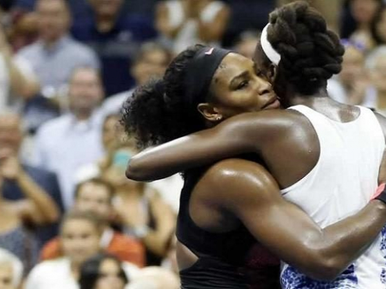 Serena Defeats Older Sister Venus on the Road to Grand Slam